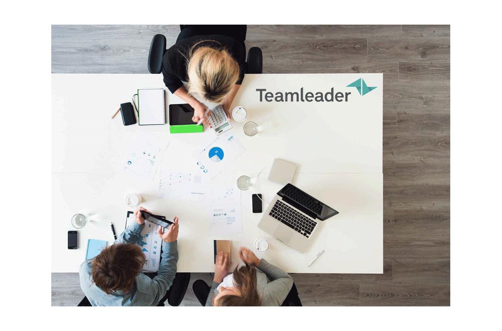 http://dpyxfisjd0mft.cloudfront.net/lab9-2/Producten/Teamleader/TeamleaderIllustratie.png?1455184849&w=1000&h=660