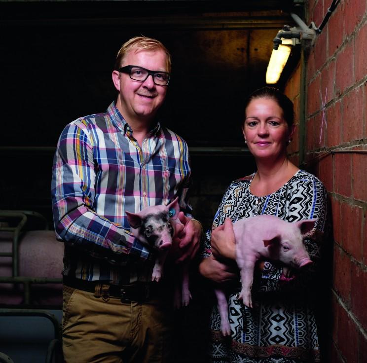 Varkensvlees: als dieren met respect behandeld worden, zorgen ze voor natuurlijker en kwalitatiever vlees. Daarom stellen we bij Noyen strenge eisen aan onze kwekers uit het Meetjesland.