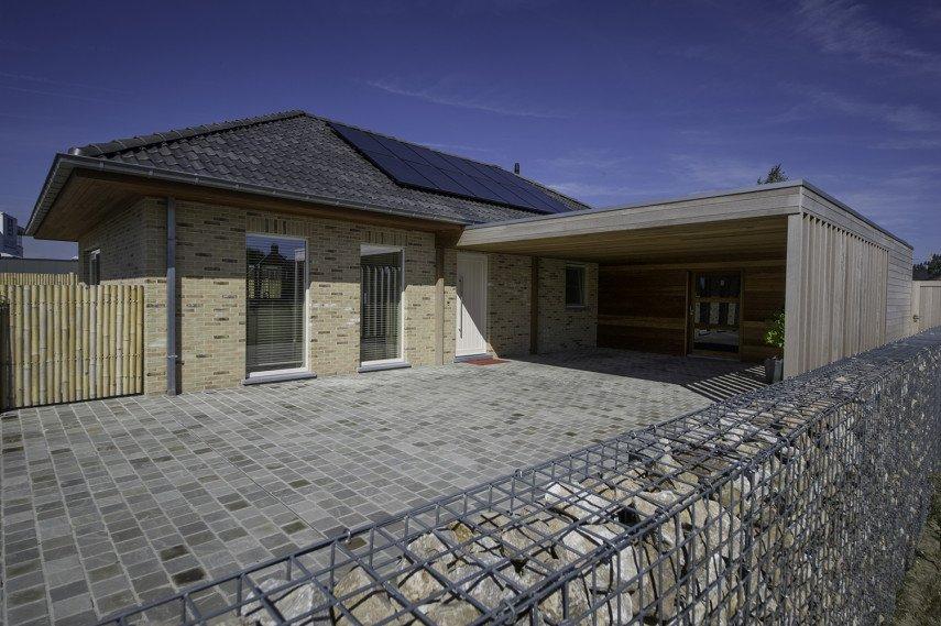 Nieuwbouw bungalow met carport