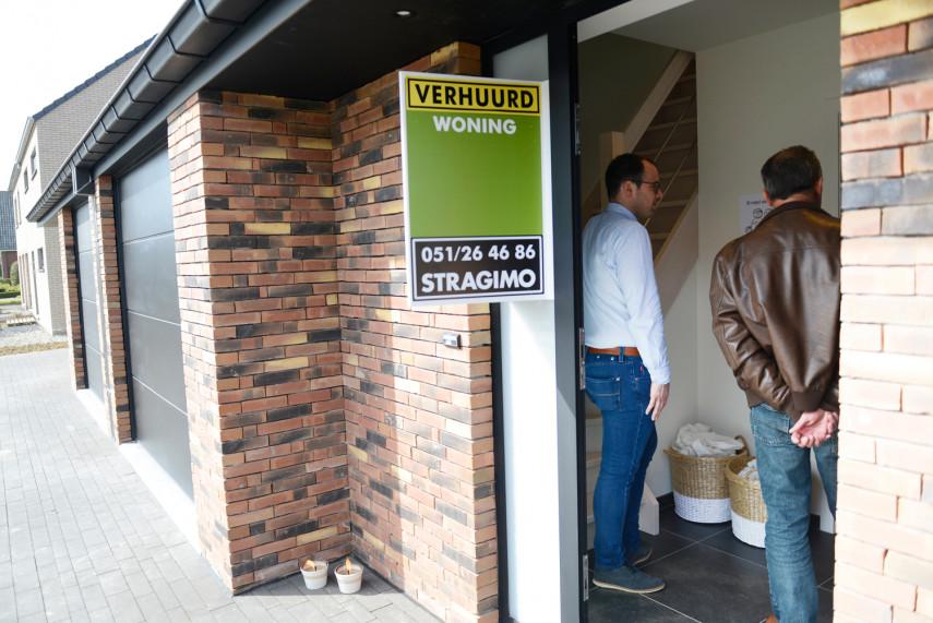 Nieuwbouw investeringswoning met de gevelsteen 'Latero Fire' gemetst met dunbedmortel