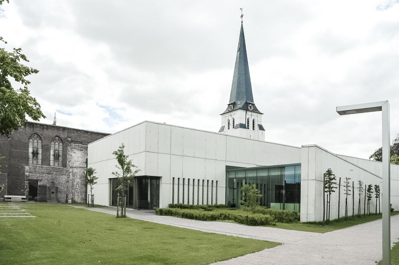 Kerk_Waarschoot_3.jpg