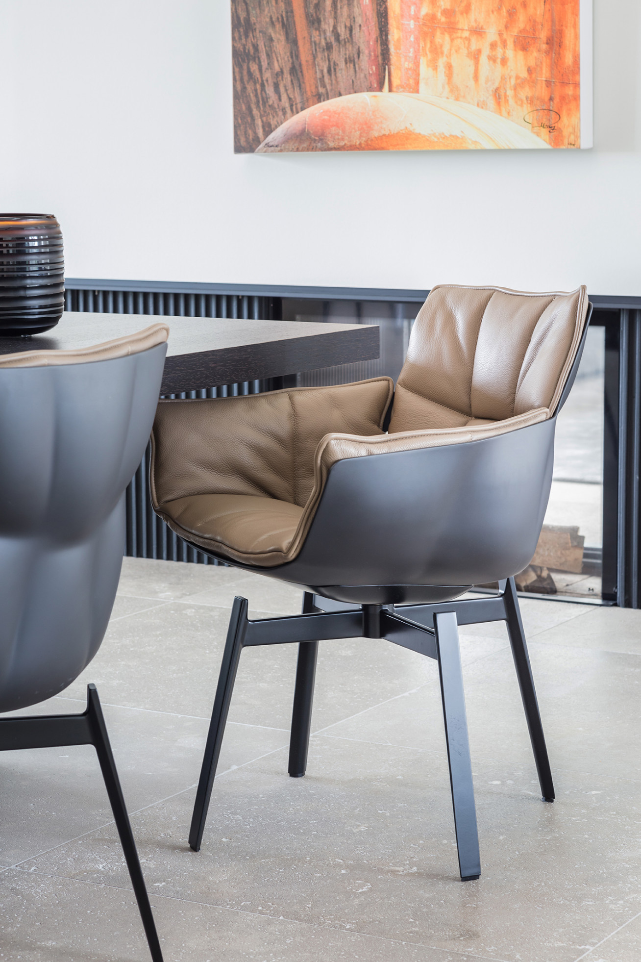 Indulging design   Design classics of B&B Italia, Walter Knoll and Baxter furnish this...
