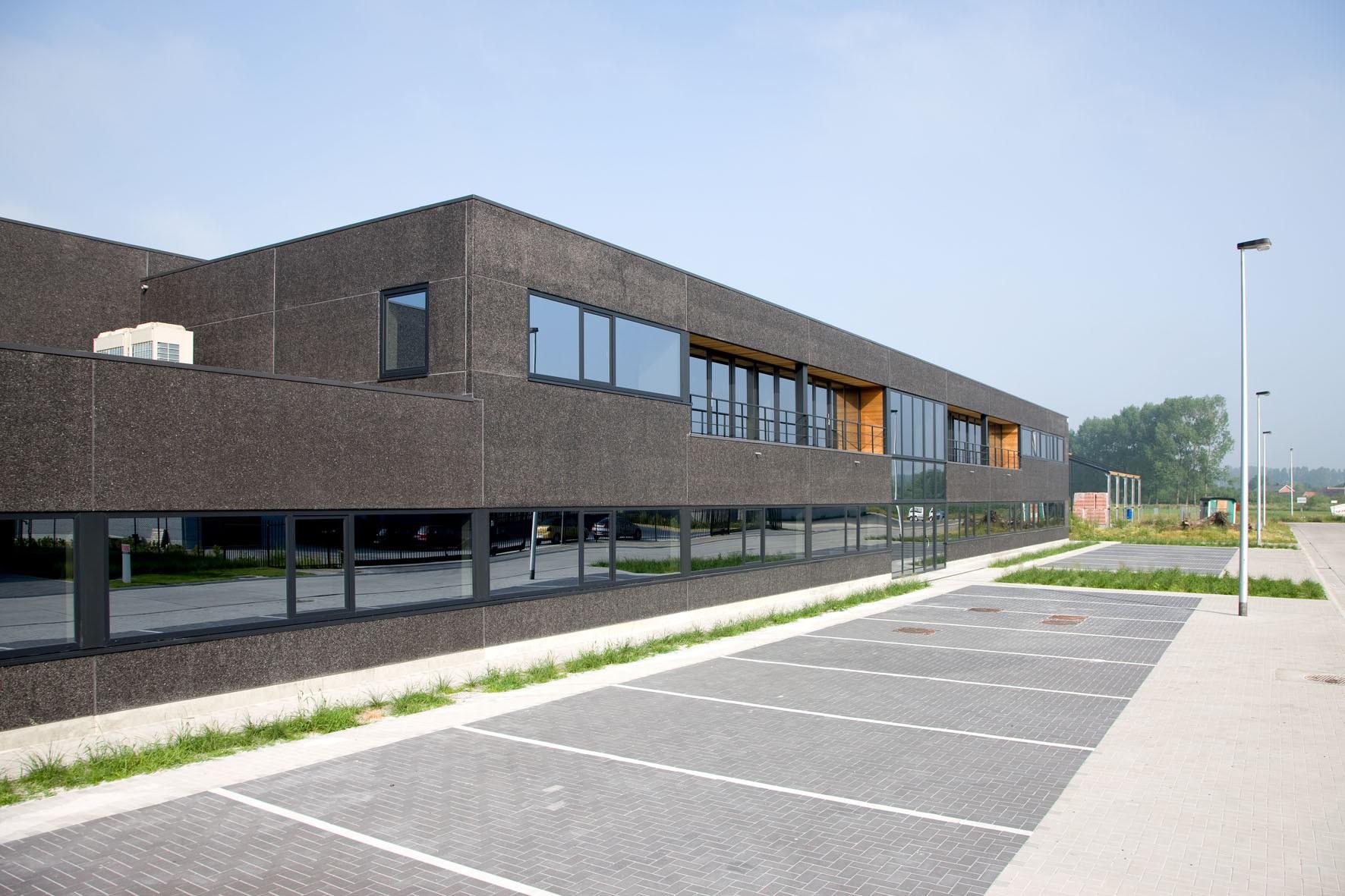 B-cables_Lokeren_industriegebouw_opslagloods (1).jpg