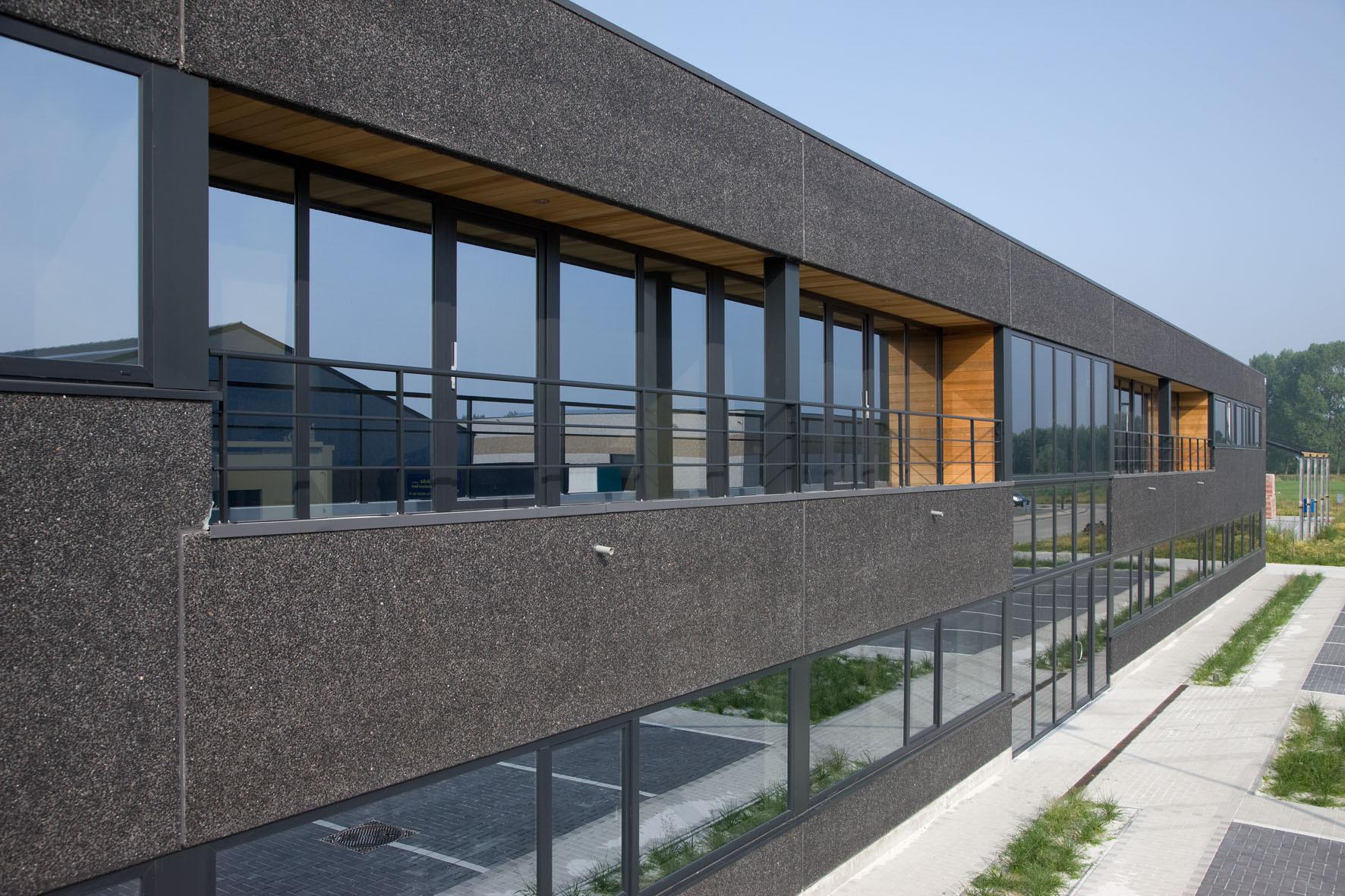 B-cables_Lokeren_industriegebouw_opslagloods (2).jpg