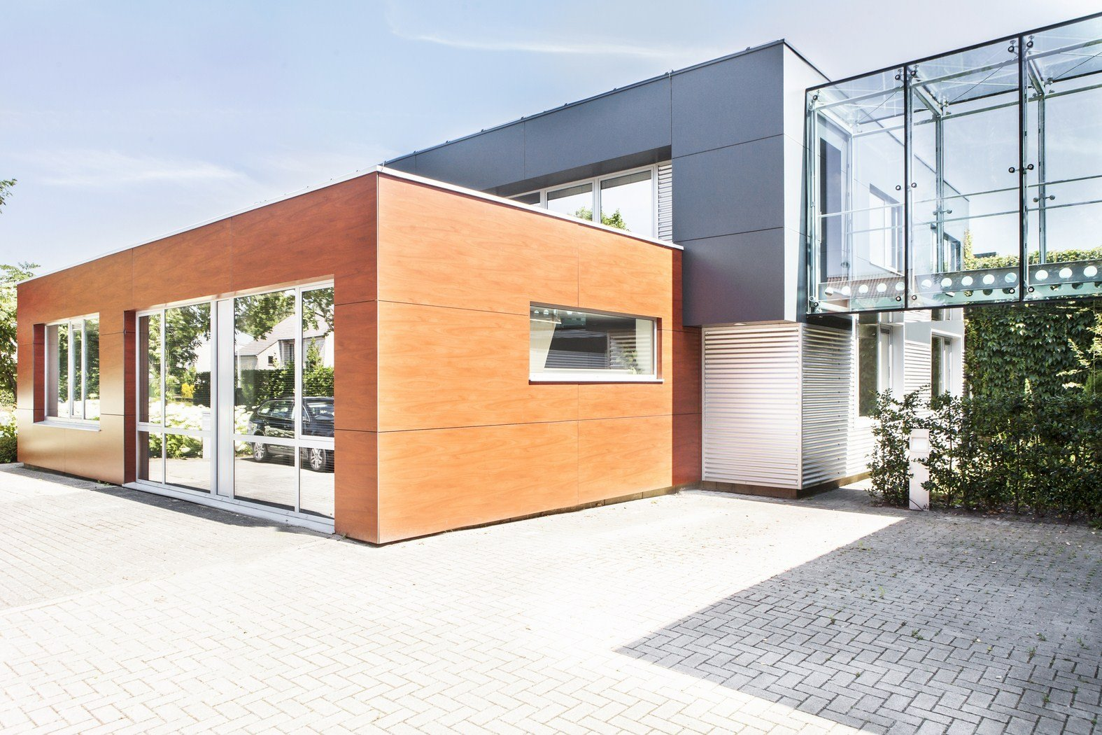 Drukkerij Buromac_Brugge_kantoren_productieruimte_stockageruimte (2).jpg
