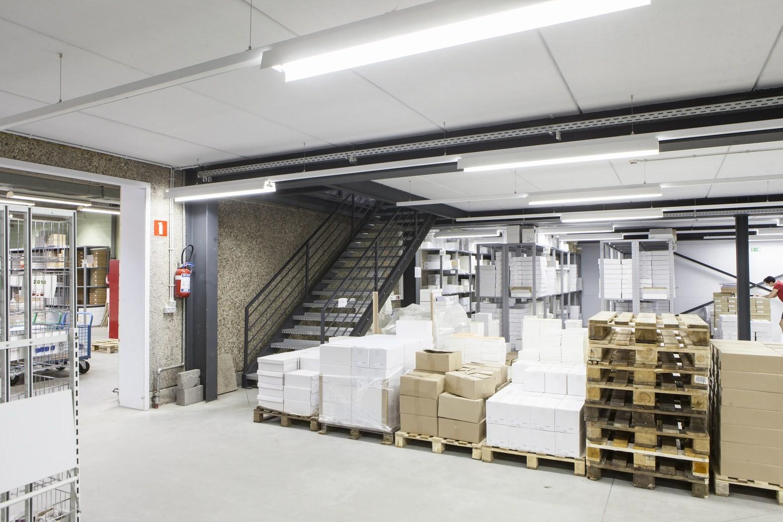 Drukkerij Buromac_Brugge_kantoren_productieruimte_stockageruimte (7).jpg