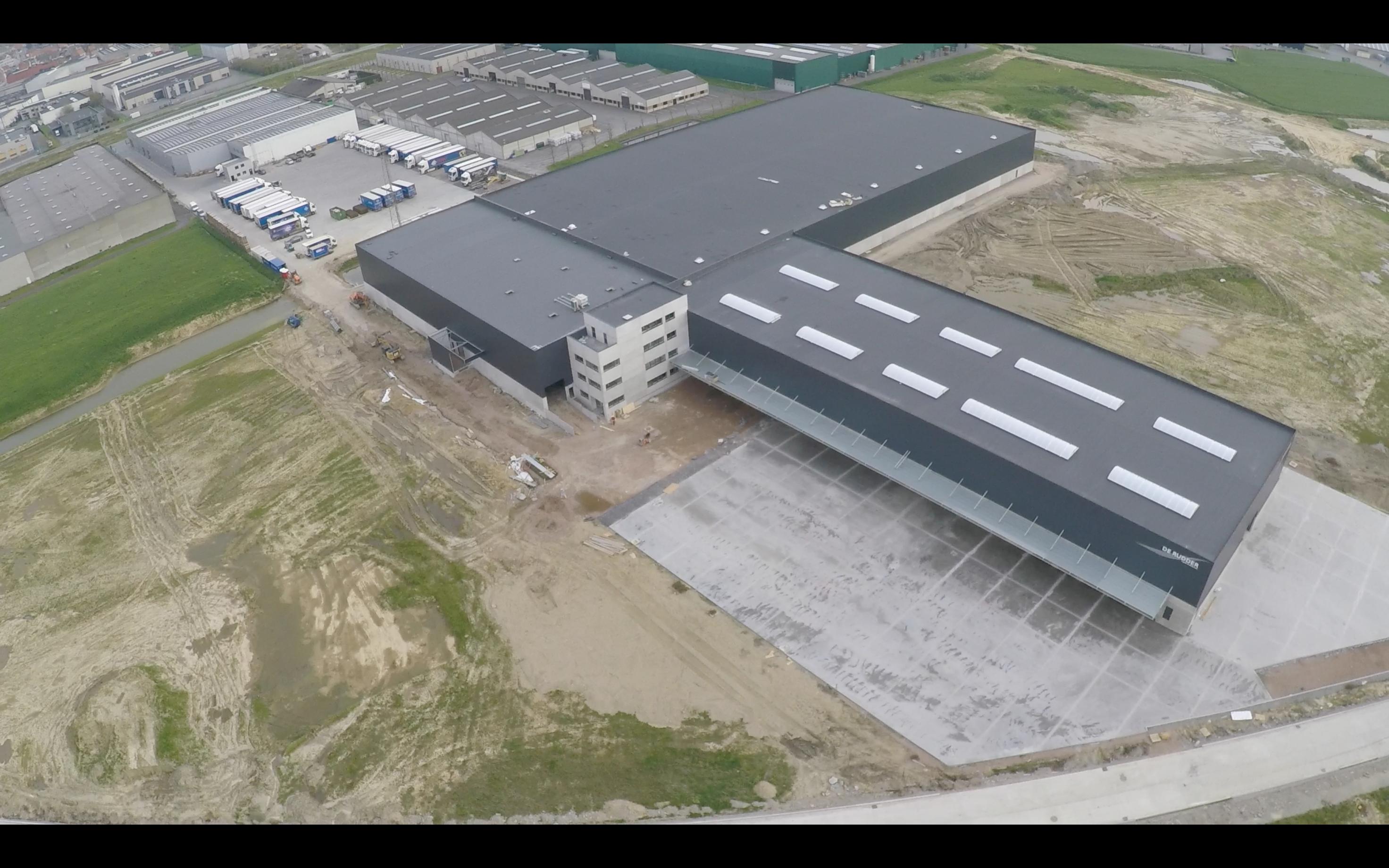 Transport De Rudder_Kuurne_distributiecentrum_bedrijfsgebouw_industriegebouw (2).png