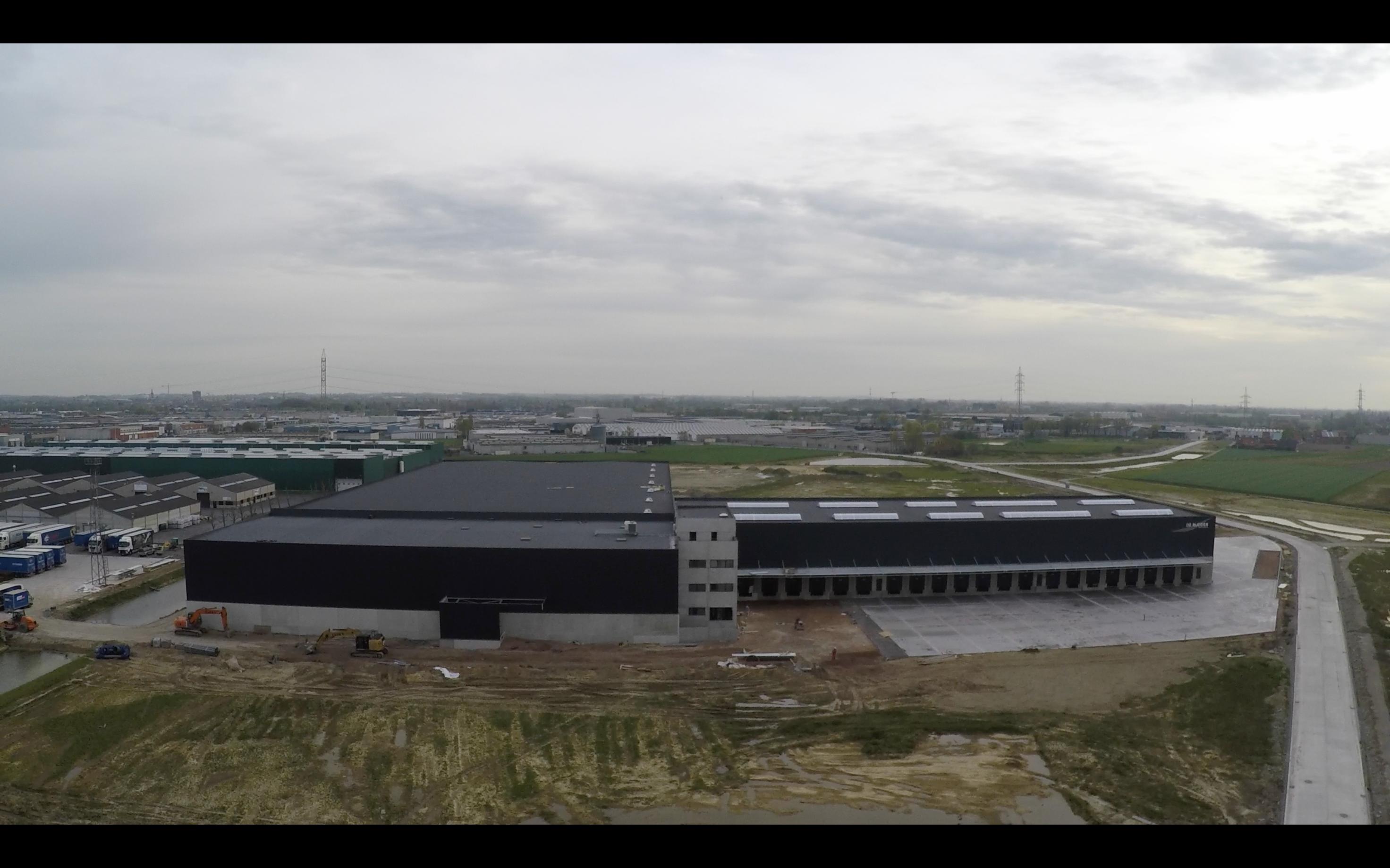 Transport De Rudder_Kuurne_distributiecentrum_bedrijfsgebouw_industriegebouw (5).png