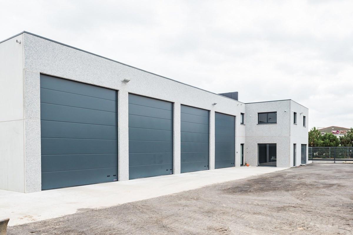 Beeuwsaert_industriegebouw_woning (7).jpg