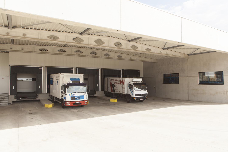 Horeca services Nevejan- distributiecentrum-industriebouw (13).jpg