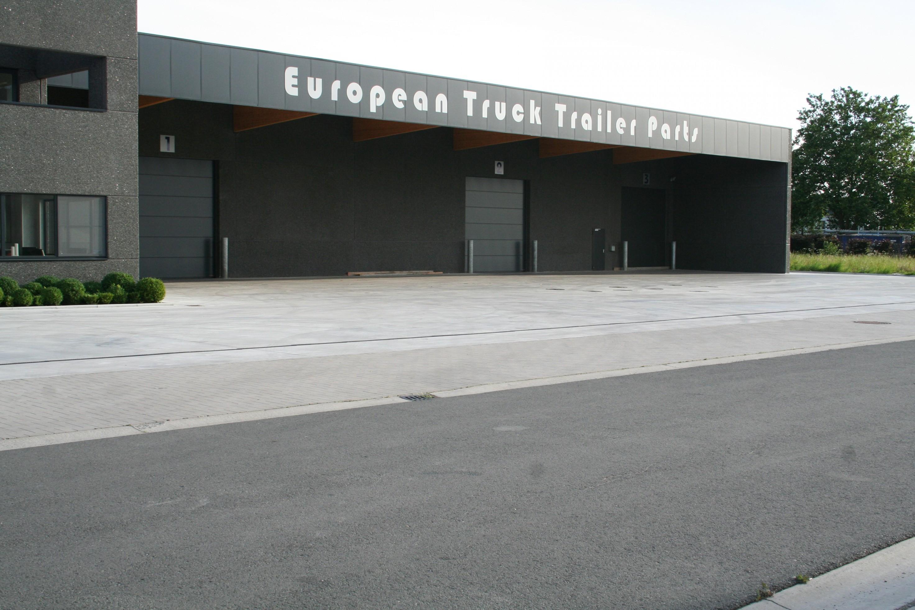 ETTP_European Truck en Trailer parts_roeselare_opslagloods_burelen (15).JPG