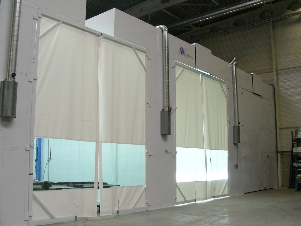 Sand blasting booth, degreasing booth and spray booth