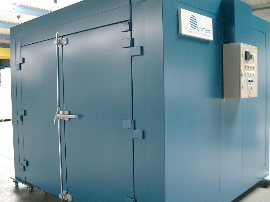 Étuve industrielle pour traitement thermique