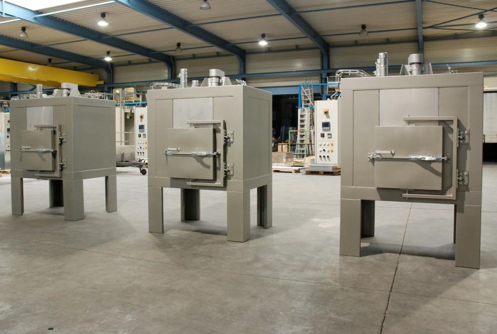 3 étuves électriques industrielles pour traitements thermiques