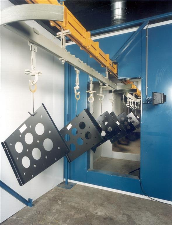 Tunnel powder coating oven up to 250°C with P&F Conveyor