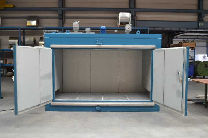 Drum Heating Cabinet with collection sump
