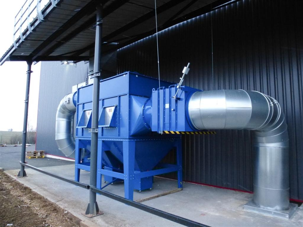 Extraction unit for outside application