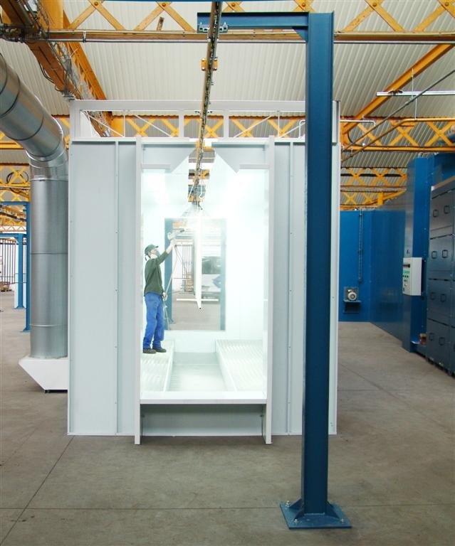 Powder coating machines: manual powder spray booth with a powered overhead system