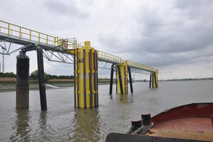 Nieuwe aanlegsteiger op de Schelde