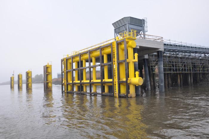 Nieuwe aanlegsteiger Schelde
