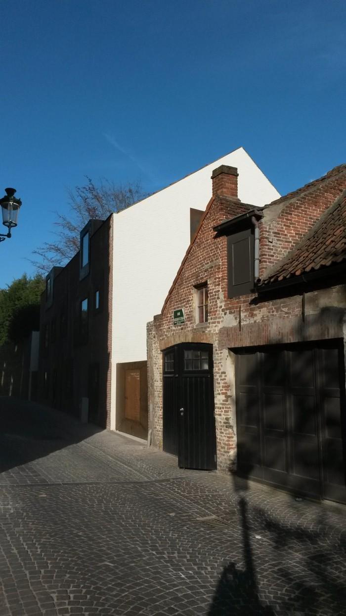 Snuffel Backpacker Hostel Brugge is DBF-project met architecturale meerwaarde