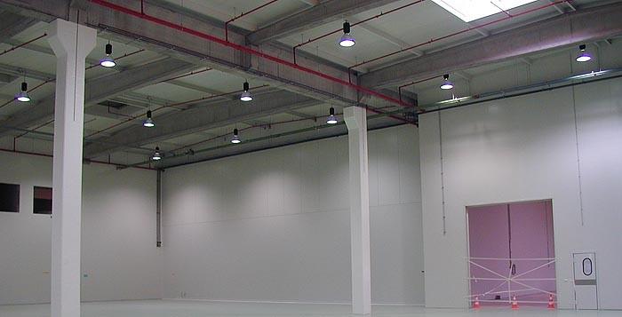 Alpro productiehal en magazijn