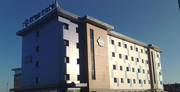 ETAP-hotel met prefabkamers
