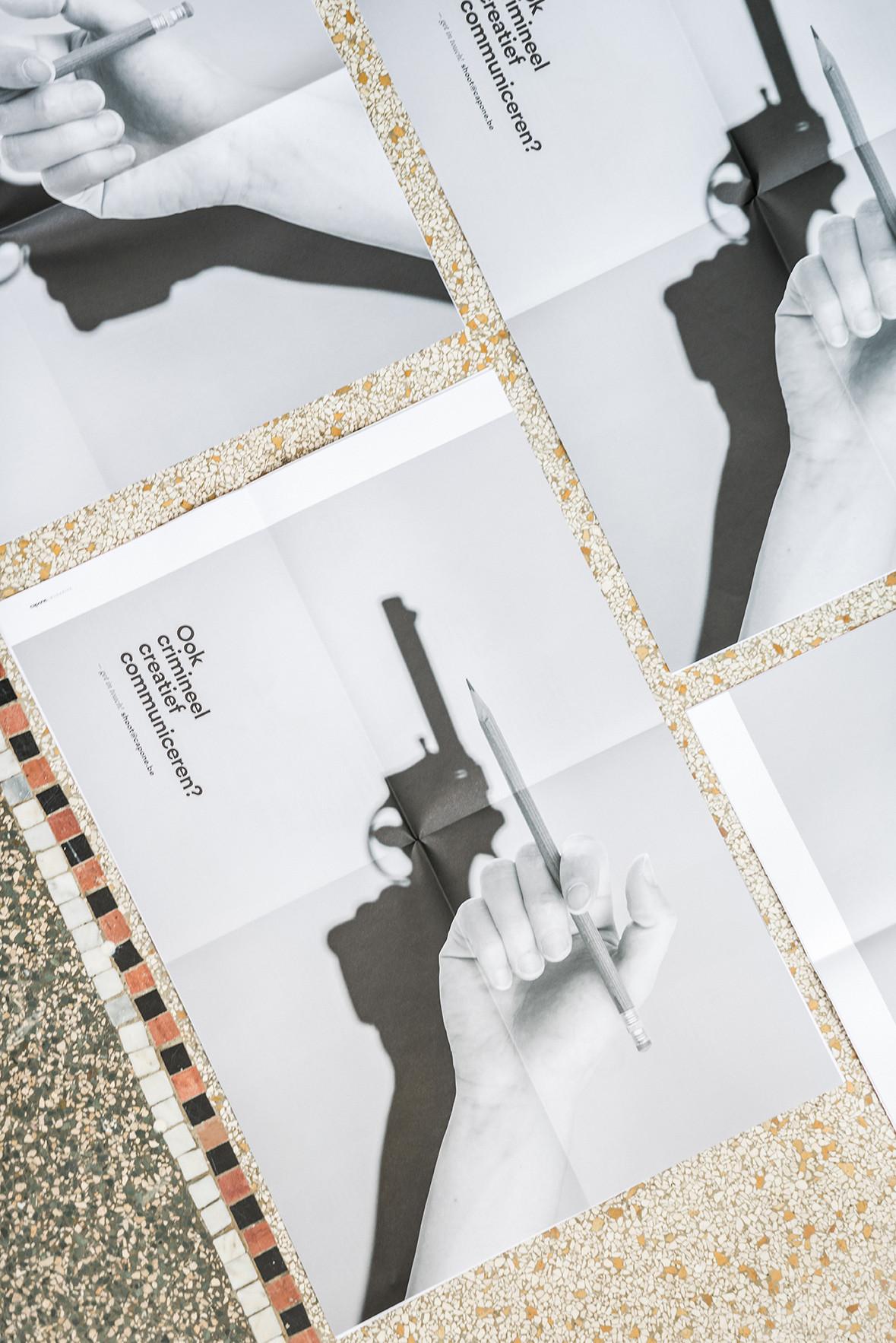 Foto van het magazine van communicatiebureau Capone