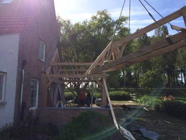 Plaatsen dakconstructie eiken bijgebouw - Cocquyt E&K in samenwerking met Cornelis Hout.jpg