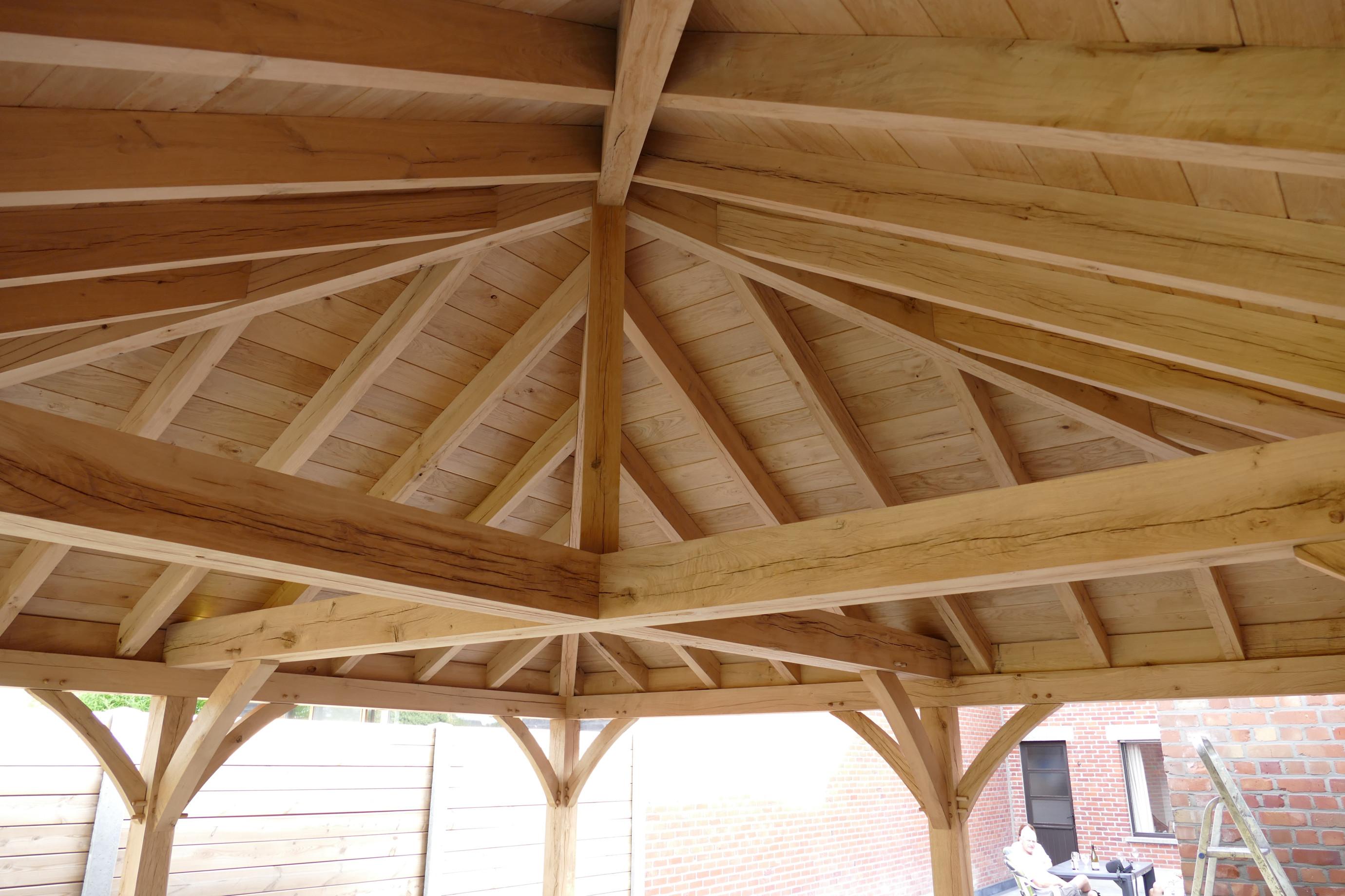 Eiken dakstructuur - Cornelis Hout Producent - Green Oak plaatser.jpg