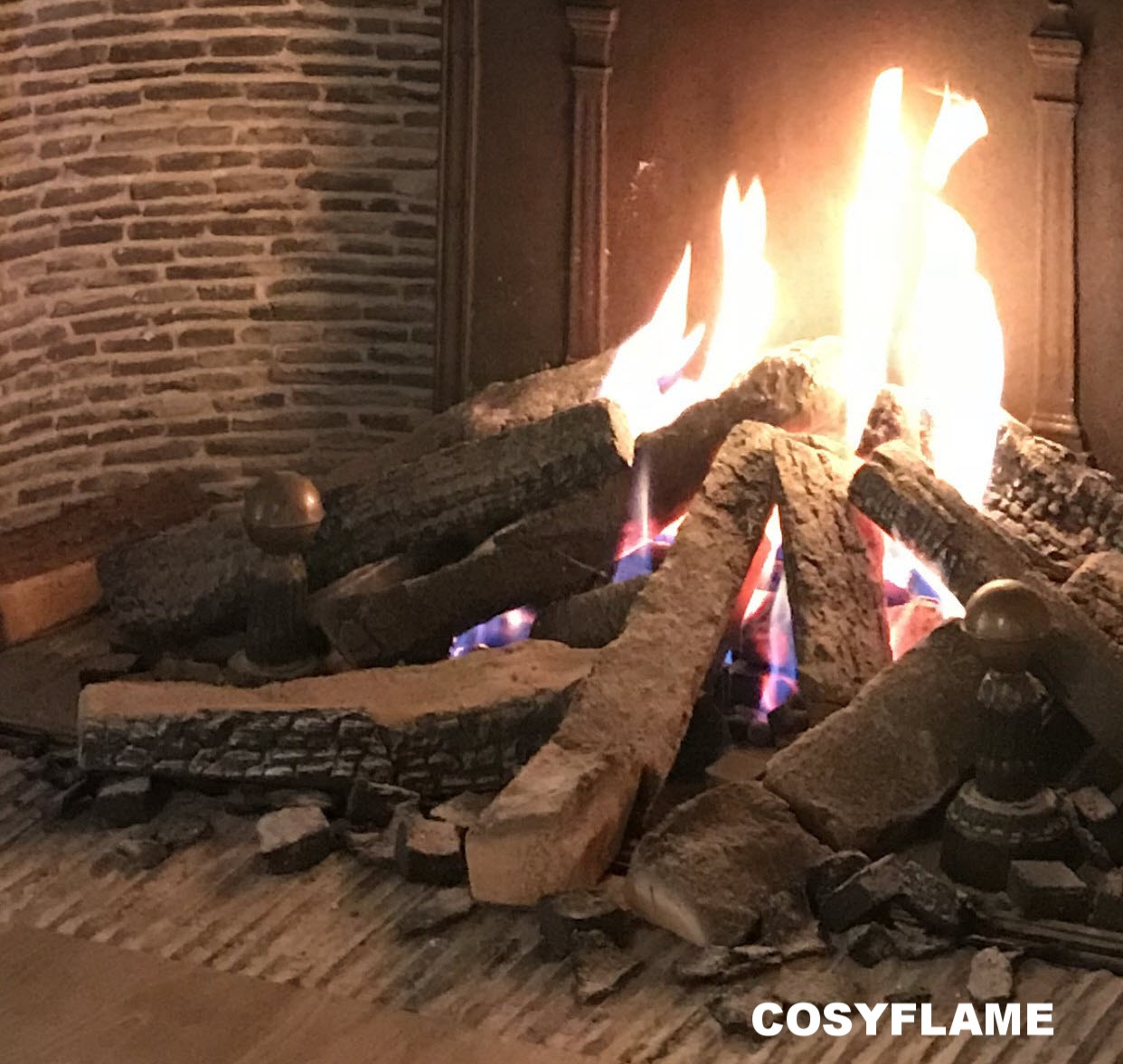 Cosyflame-3Dset.jpeg