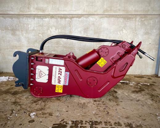 1412-03 - Vergruizer Vast 18-30 ton HFP-22V 2200kg CW40.jpg
