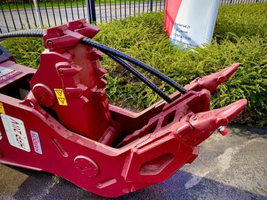 1415 - Vaste vergruizer 25-35 ton HFP-28V CW45 2.jpg