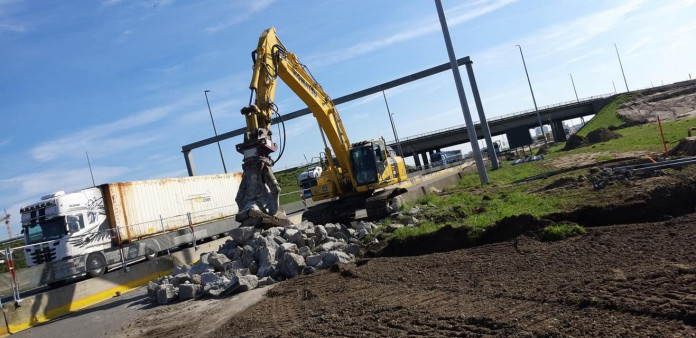 1425 Roterende betonschaar 20-35 ton HCC24V CW45 2.jpg