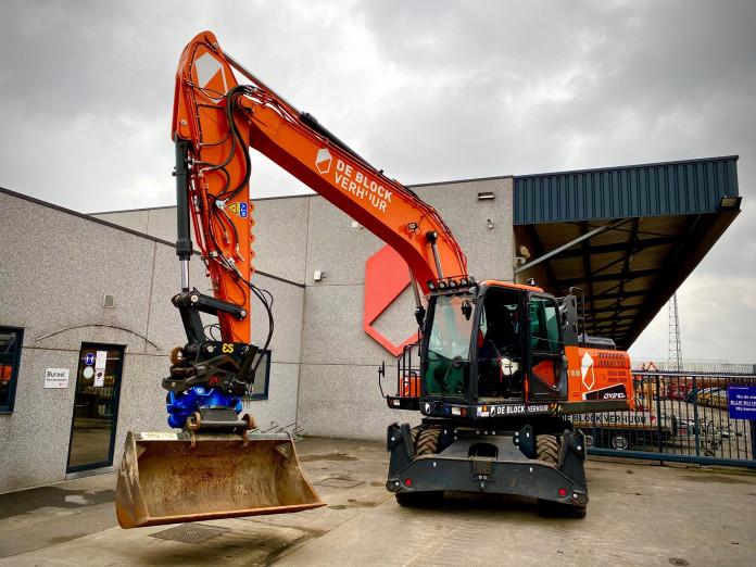 1462 - Tiltrotator 18-30 ton CW40 2.jpg