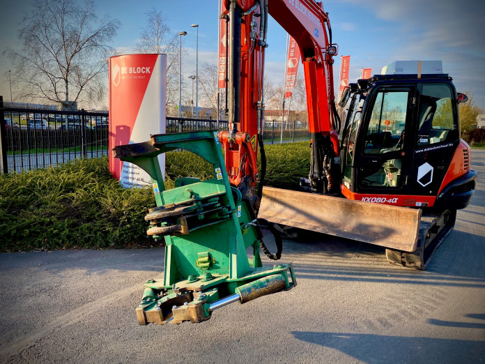 1476 - Bomenknipschaar graafmachines 8 tot 14 ton CW10 of CW 30 1.jpg
