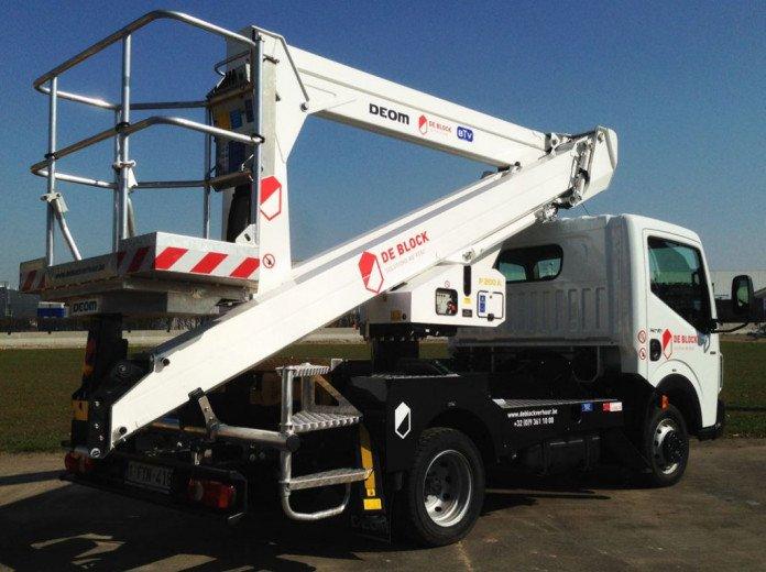 Hoogwerker op vrachtwagen wh 20m Palfinger P200A.jpg