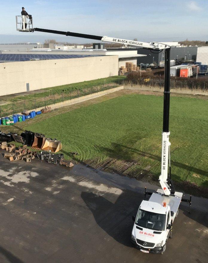 Hoogwerker op vrachtwagen wh 24m VTX-240 3.jpg