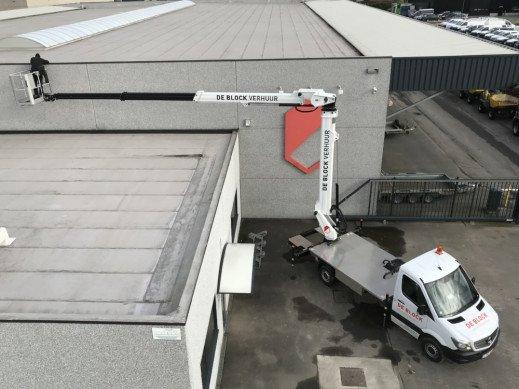 Hoogwerker op vrachtwagen wh 24m VTX-240 6.jpg
