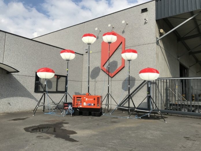 Lichtballon LED 6 stuks op groepje 10KVA.jpg