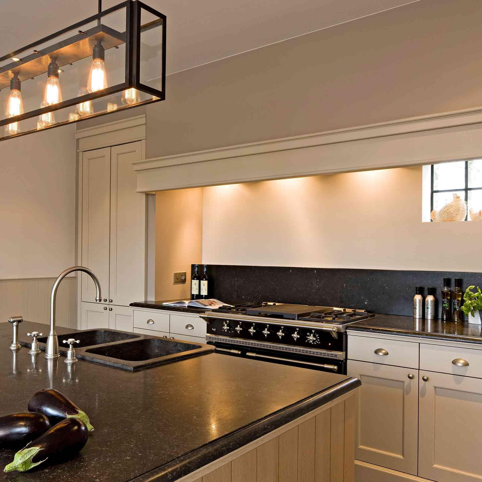 landelijke-keuken-kensington-blauwe-hardsteen-2.jpg