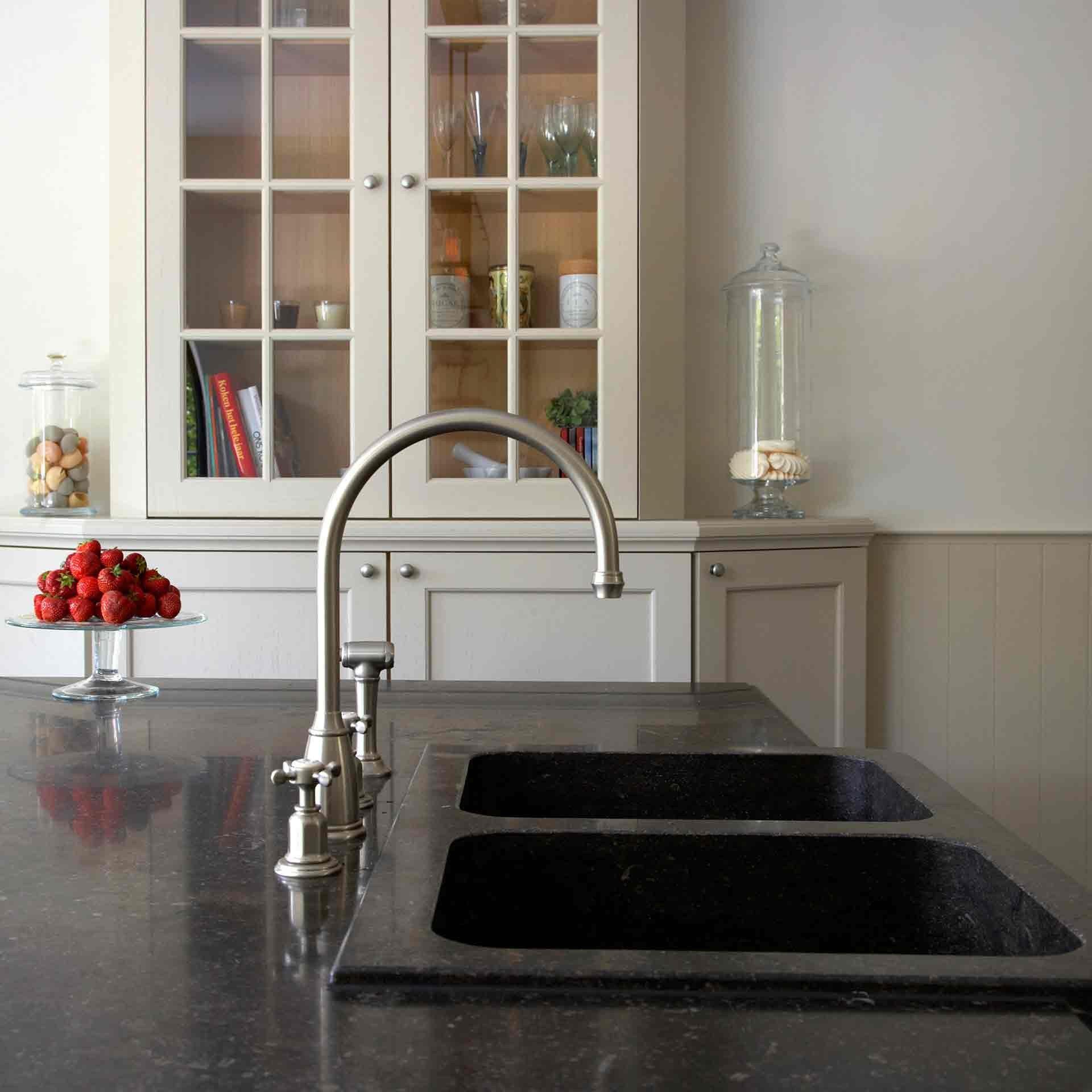 landelijke-keuken-kensington-blauwe-hardsteen-6.jpg