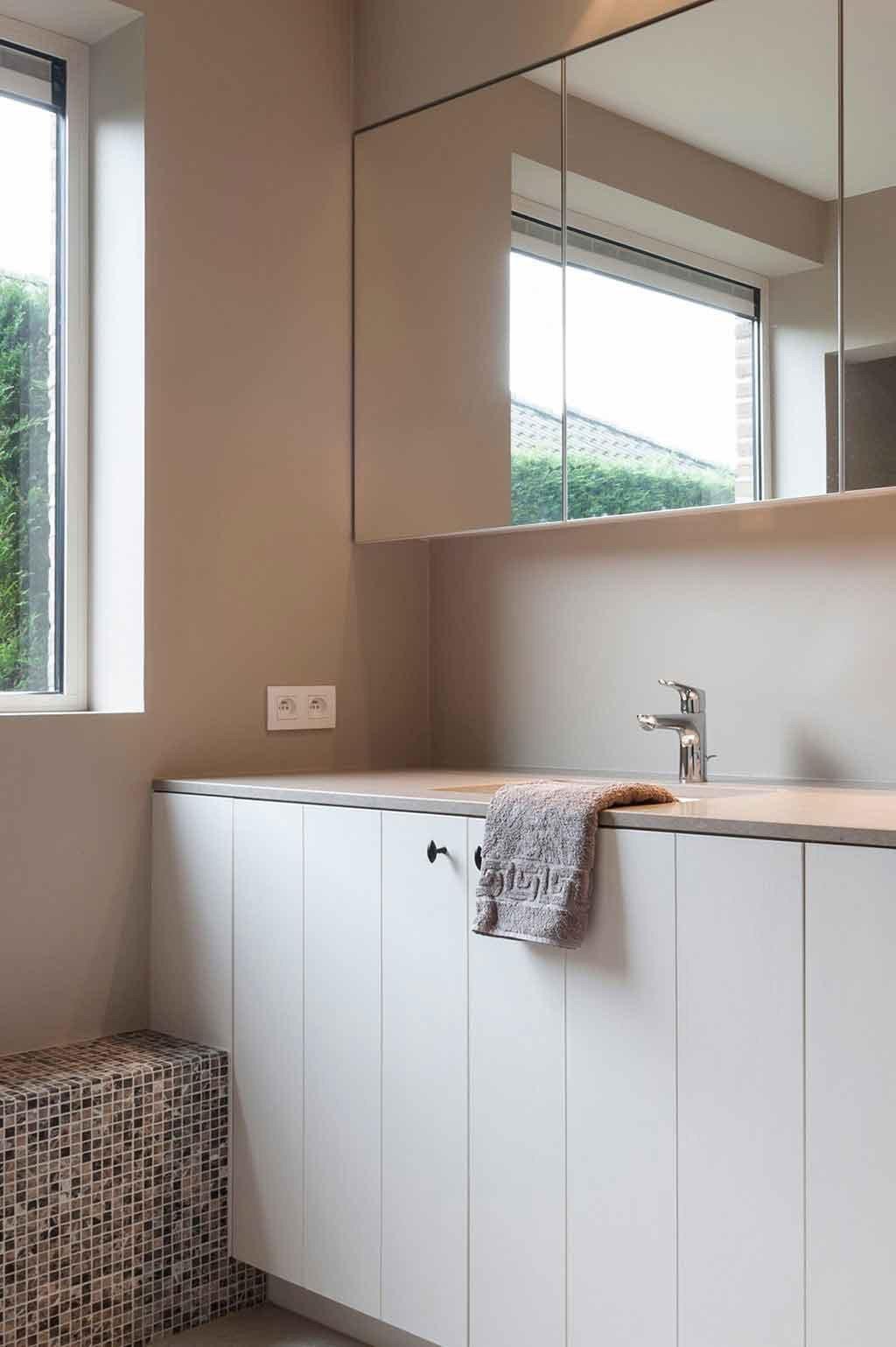 Totaalinrichting-badkamer-landelijk-Boezinge-2.jpg