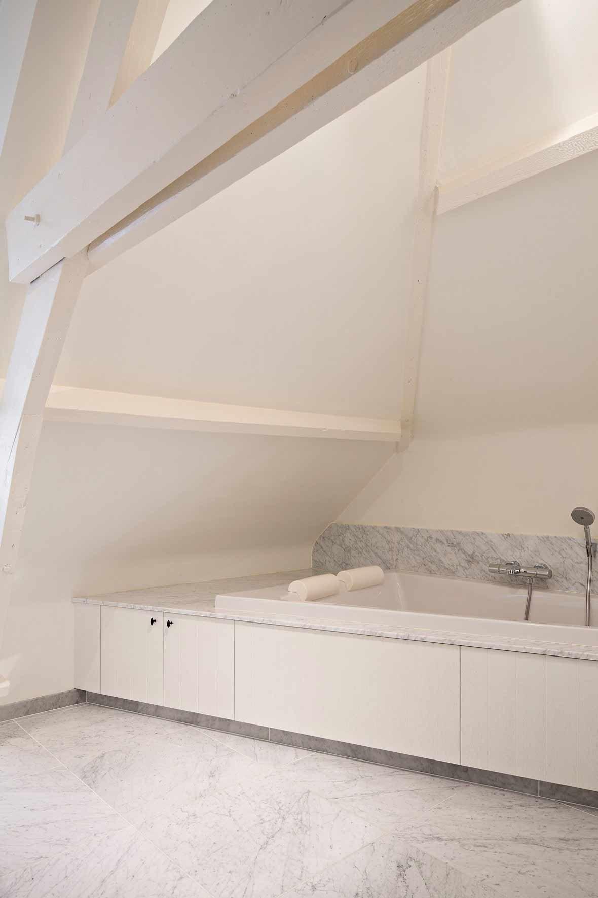 Totaalinrichting-badkamer-landelijk-Geluwe-1.jpg