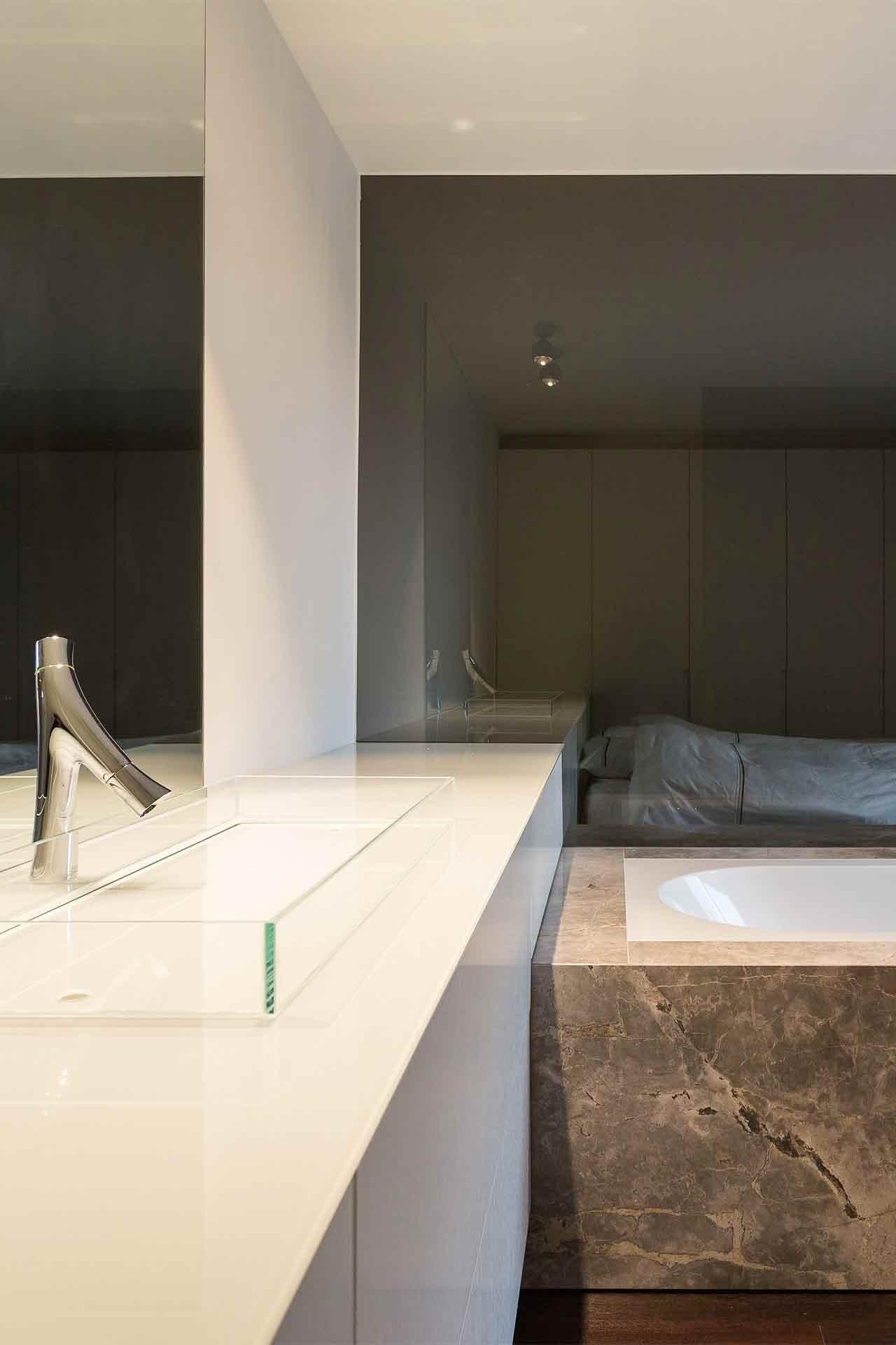 Totaalinrichting-badkamer-modern-SintMartenLatem-5.jpg