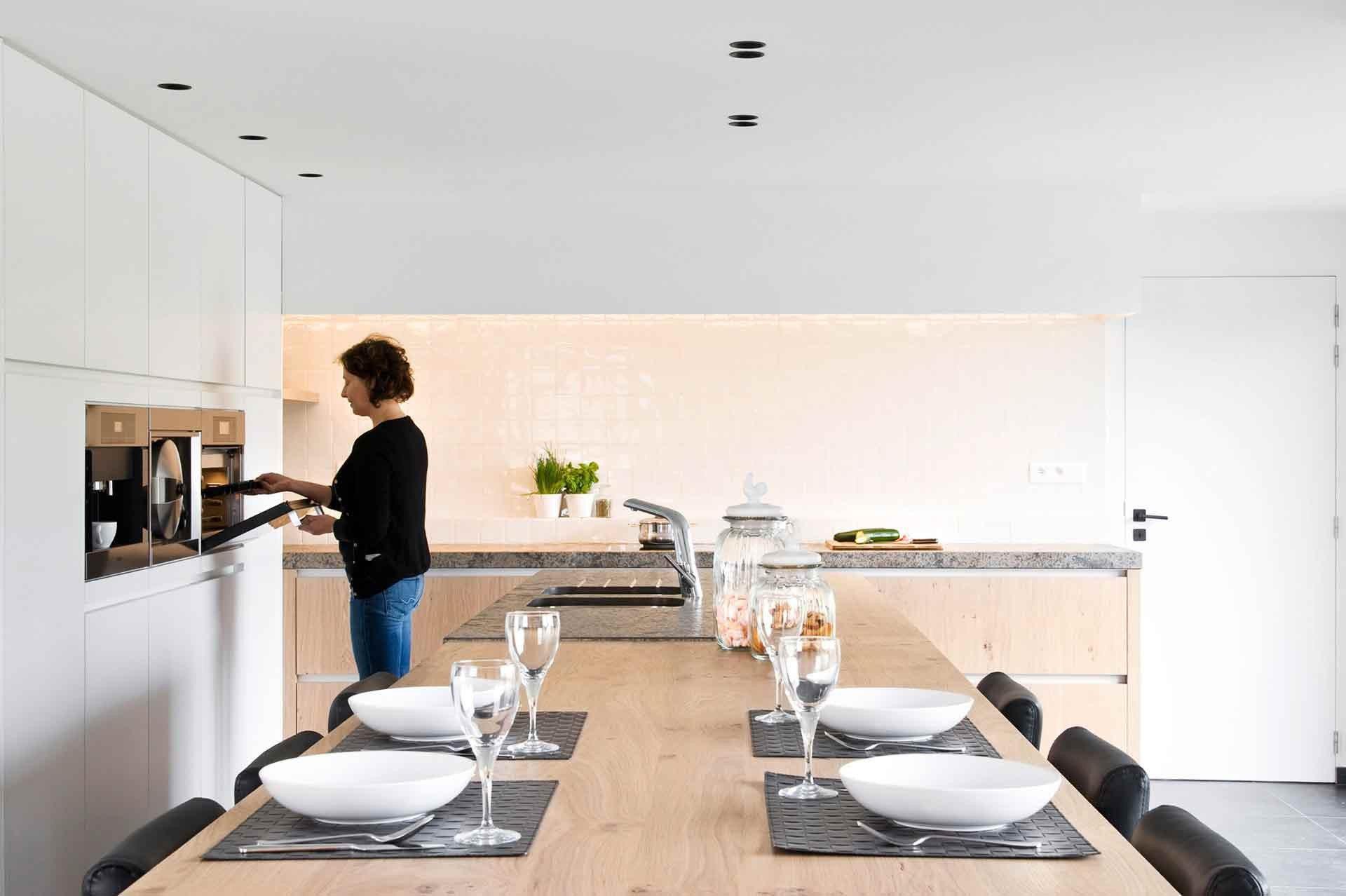 Totaalrichting-keuken-bureau-tvmeubel-MariaAalter-1.jpg