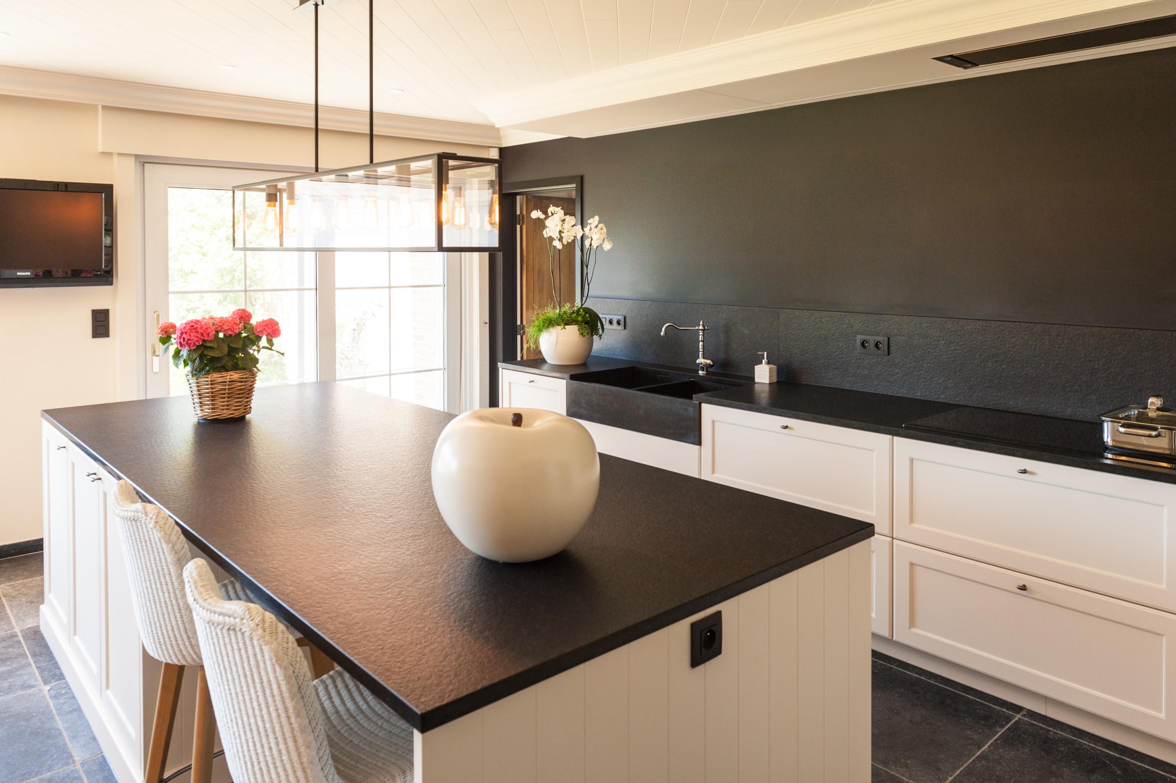 6 landelijke keuken lad graniet.jpg