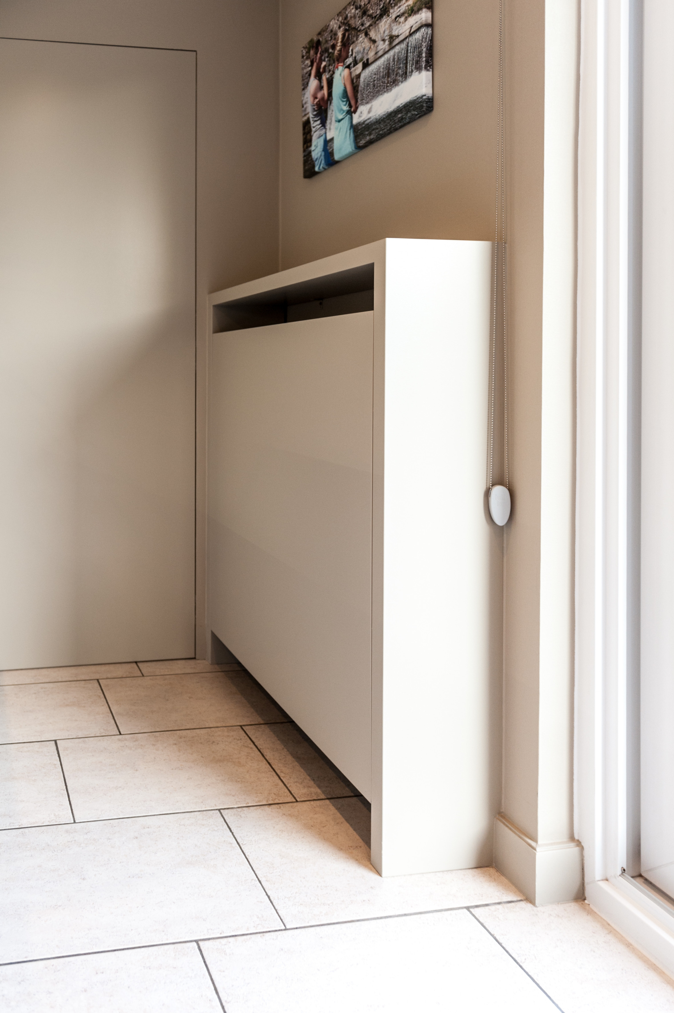 4 omkadering radiator chauffage uitwerking kast keuken.jpg