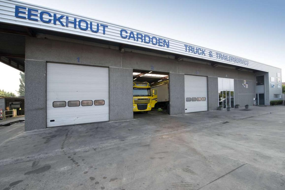 Garage entretien et réparation pour poids lourds et remorques