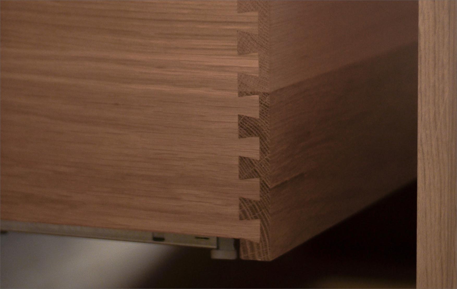 FrankTack_20200616_Afwerkingen2.jpg De details maken de meubels